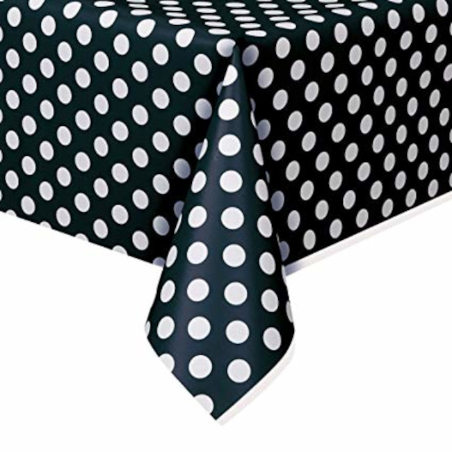 Tablecover Black Dots 137cm x 213cm
