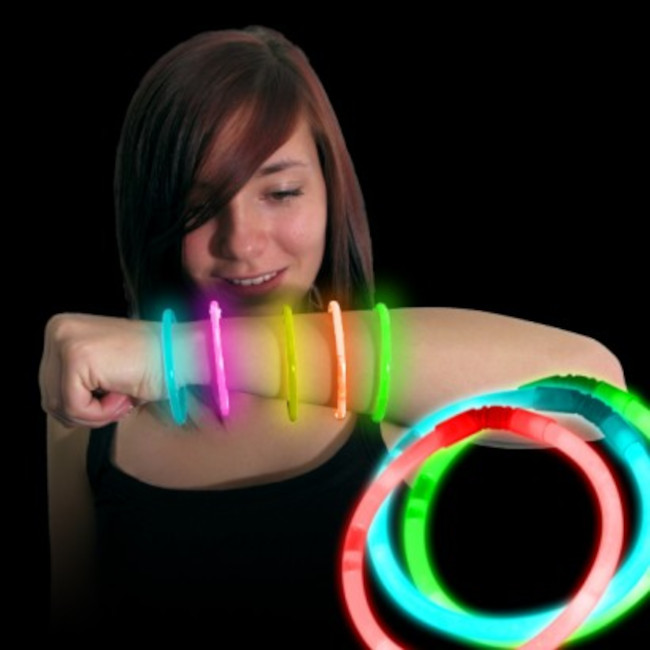 100 Glow In the dark Bracelets assorted colours